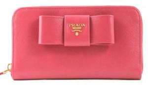 プラダ財布ピンクリボン
